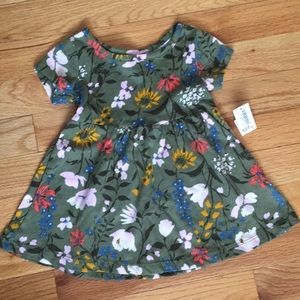 🍁 NWT Old Navy Flowered Dress